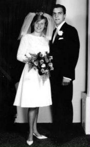 Leif och Gun-Britt Engblom firar idag rubinbröllop. De gifte sig i Stöde kyrka den 24 juli 1965.