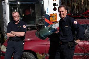 Lugnet före stormen. Storövningen på Fönebasen med en fingerad bussolycka ger mer fart, konstaterar Kjell-Inge Wennberg och Bosse Sundell, räddningstjänsten.
