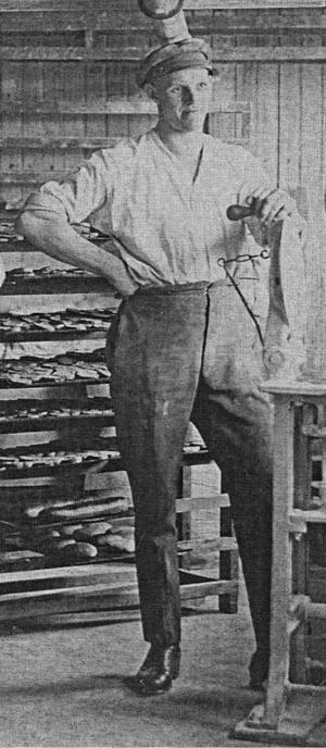 Ludde Johansson lockades till Los av kärleken och startade 1914 vid 21-årsålder Loosbagarn.