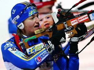 Anna Carin Olofsson-Zidek gjorde en stark stafett, men det blev ingen ytterligare medalj för henne eftersom lagkamraterna sköt bort sig.