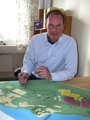 Vill ha kontakt. Tommy Ek, biträdande stadsarkitekt i Leksand sedan första mars i år är den som ska planera området Sommarland, Orsandbaden och Käringberget etapp 3.