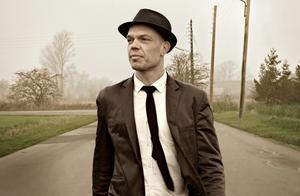 Danska soul-bluesräven Thorbjörn Risager kommer till Skutskär.