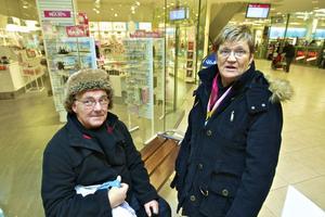 Lars och Saga Lindström tar inte kvitton vid småköp.
