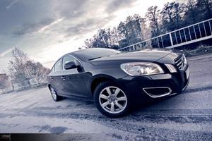 Här en av alla bilder jag plåtade på nya Volvo S60 D3 uppe vid Bulten Industri område i Hallstahammar .