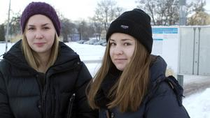 Nöjda. Michaela Nygård och Kristin Johannesson åker varje dag mellan Näs och Västerås.