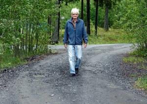 – Det känns väldigt hedrande att få en väg uppkallad efter sig, tycker Calle Blombergsson. Jag småler i bilen varje gång jag kör efter den, säger han.