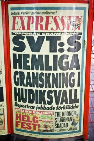 Lokala löpsedlar från Expressen med en rubrik som inte var sann syntes i Hudiksvallsområdet under onsdagen. En muslimsk församling i Hudiksvall hade blandats ihop med en församling i Sundsvall.