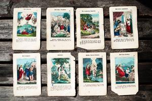 De bibliska bilderna från Berta Hanssons barndom var viktiga – hon bar dem med sig vart hon än reste.