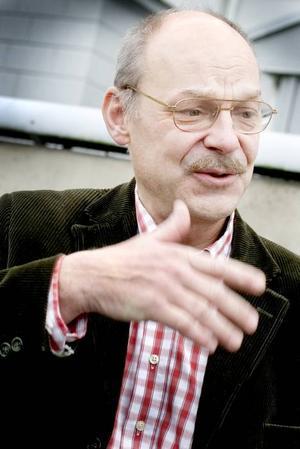 Landstingsdirektör.Svante Lönnbark får ett lönelyft på 12 procent.