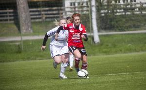Evelina Hagström var pigg i Team Hudik, men några poäng blev det inte mot Bik.