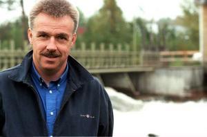 Nils-Åke Hallström är vd för Hallströms verkstäder i Nälden, som varslade drygt 15 personer när krisen slog till.Foto: Hans-Råger Bergström
