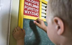 Barn döljer för andra om familjen har det ekonomiskt svårt. FOTO: Jan Sandberg
