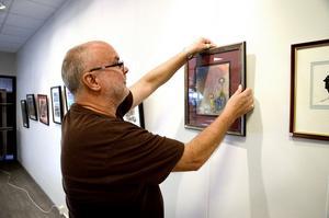 Sam Ragnarssons utställning pågår under hela oktober månad.