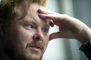 """Mattias Alkberg spelar på """"Rundgång fågelsång"""" under namnet Dead Alkberg."""