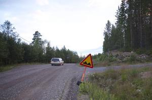 I mitten av september är det slut med grusväg mellan Lofsdalen och Linsell.