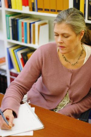 Madelaine Hagen Ekström är  i grunden advokat men har arbetat vid Kungliga norska konsulatet sedan slutet av 90-talet.Foto: Mattias Moberg