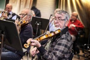 Birger Karlsson har spelat fiol i 70 år.