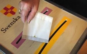 I kyrkovalet röstar man på nomineringsgrupper. Valet gäller vilka som ska  styra Svenska kyrkan lokalt (kyrkofullmäktige), regionalt (stiftsfullmäktige) och på nationell nivå (kyrkomötet). Foto: Esbjörn Johansson/DT