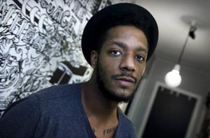Efter årsskiftet släpps en ny smyckeskollektion i samarbete med rapparen Adam Tensta.