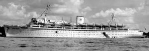 Tyska kryssningsfartyget och ångaren Wilhelm Gustloff på besök i Stockholm sommaren 1939.