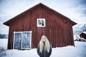Sofia Ekenlund från Ammer vill visa upp sin vardag på instagram. Då blir det ibland jaktbilder som skaver.