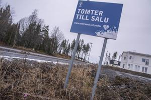 Tomterna i bostadsområdet Brittsbo fick en dålig försäljningsstart. Nu är det så hårt tryck i den kommunala tomtkön att Östersunds kommun har påskyndat utbyggnaden.