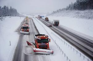 Vägen mellan Falun och Borlänge är högst prioriterad, tillsammans med delar av riksväg 70, i Dalarna när det gäller snöröjning.