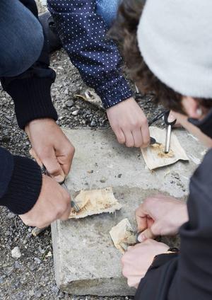 Det var populärt att lära sig att göra upp eld utan tändstickor.