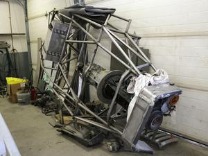 Björn Zetterman har ett eget bilbygge på gång mitt bland kunduppdragen. Den här ramen har han byggt för att skapa en kopia av en Mercedes 300 SL från 50-talet.