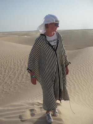Min son Joel under vår resa till afrika som bla innehöll en tripp till Sahara.