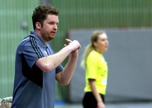 Alftas tränare Johan Andersson har en del att fundera på inför returen.