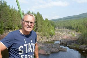 Kjell Tenn är på spaning efter hus.