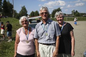 Segrande lag Berg 1. Agneta Olofsson, Villner Lindberg och Lisa Andersson.