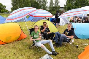 Johan Pettersson, Gustav Johansson och Viktor Johansson hade rest in från Sandviken. Inte riktigt lika långväga som många andra.