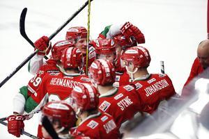 De nya kraven för spel i HockeyAllsvenskan är klara: det krävs en miljon.