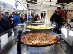Det franska ståndet med sin representation av typiska maträtter från Provence.