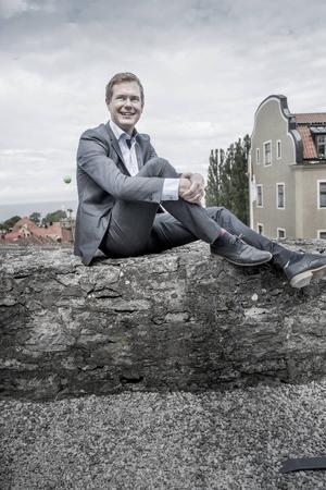 Gustav Fridolin blev riksdagsman vid 19 års ålder och språkrör för MP vid 28 års ålder.