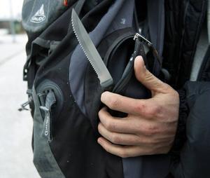 Den 22 centimeter långa kniven låg kvarglömd i ett fack i Andreas Persson ryggsäck sedan han var på en fisketur i somras.