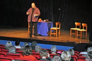 Peter Nyhlin berättade bland annat om en utbildning har gick i Sundsvall.