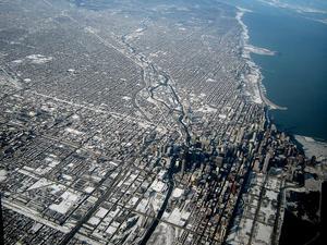 Chicago sett från luften. Städerna brer nu ut sig på en yta som är nio gånger större än Sveriges totala areal.