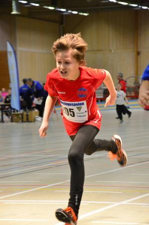 Hugo Engström, sprang 60 meter för Sundsvalls FI.