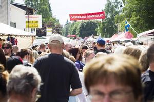 Vid två tillfällen ska folk ha dansat utan tillstånd under Ockelbo marknad i somras.