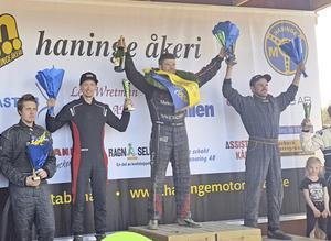Bättre än väntat. Viktor Andersson (till vänster) satsar mot pallen i SM, men han var fortfarande lite förvånad över andraplatsen i årets första deltävling.
