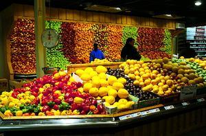 Bara var tionde kvinna och var tjugonde man äter så mycket frukt och grönt som rekommenderas.