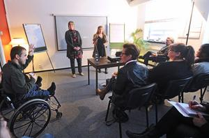 Under tisdagen bjöds långtidsarbetslösa till ett frukostseminarium om möjligheterna att starta sociala företag.