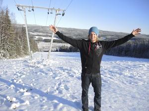 Kalle Hansols, 27, är ny ägare för Svärdsjöliften vid Hillersboda i Dalarna.
