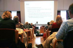Ett femtiotal åhörare, allt från poliser till politiker, samlades under gårdagen i Folkets hus i Hudiksvall. Där fick man information om våldet mot kvinnor med funktionsnedsättning.