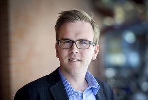 Andreas Carlsson, riksdagsledamot (KD)    Kommentar: Godkänd insats i debatten. Jobben är inte en profilfråga för Kristdemokraterna. Carlsson är en av partiets framtidsnamn. Har tidigare mest gjort sig känd för att vilja avskaffa spelmonopolet.    Betyg: 2 av 5