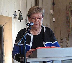 Irma Rönnbäck läste texter och hade förberett kyrkans förbön.