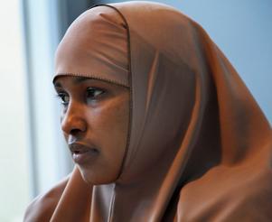 – Jag gråter när jag ser barnen på tv, säger Arrala Abdi Rahman Shire